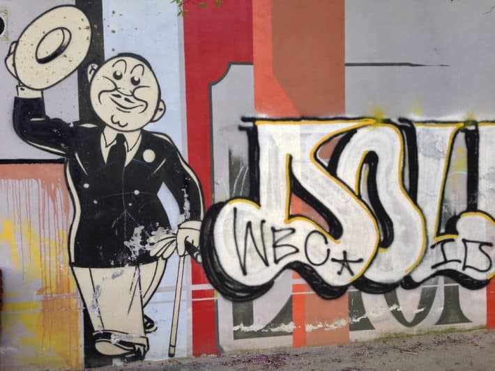 Streetart, Berlin, Juni 2017, Prenzlauer Berg, Mann grüßt mit Hut