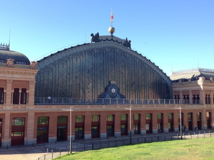 Alte Bahnhofshalle im Atocha Bahnhof Madrid