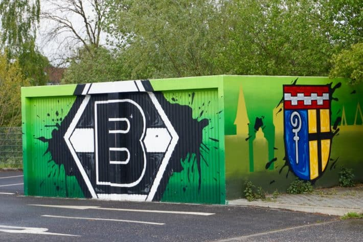 Fohlenelf, Graffiti zu Borussia Mönchengladbach am Fanhaus