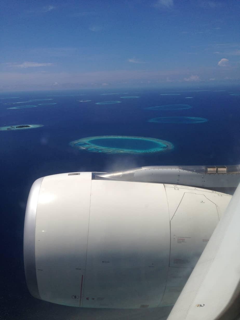 Malediven aus dem Flugzeug fotografiert