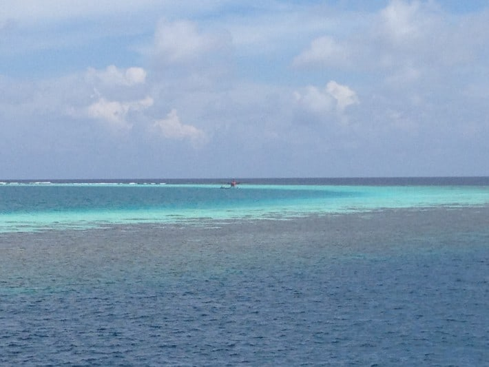 Malediven Wasser Blau Türkis Meer Atoll