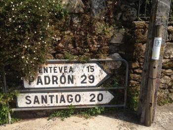 Wegweiser, Kilometerschild Santiago de Compostela, Jakobsweg