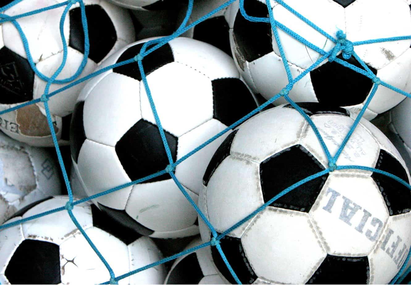 Fussbälle, weltweite die Fußballbundesliga gucken