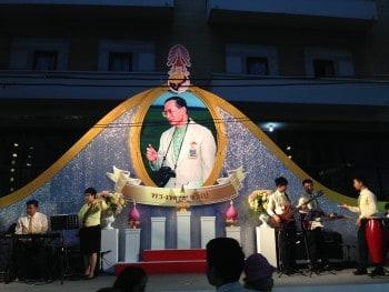 Bühne Links Birthday Thailand