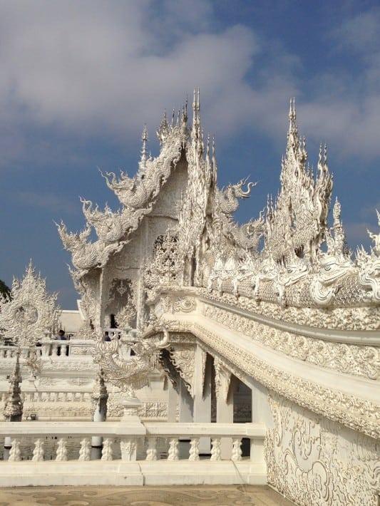 Brückengeländer White Temple