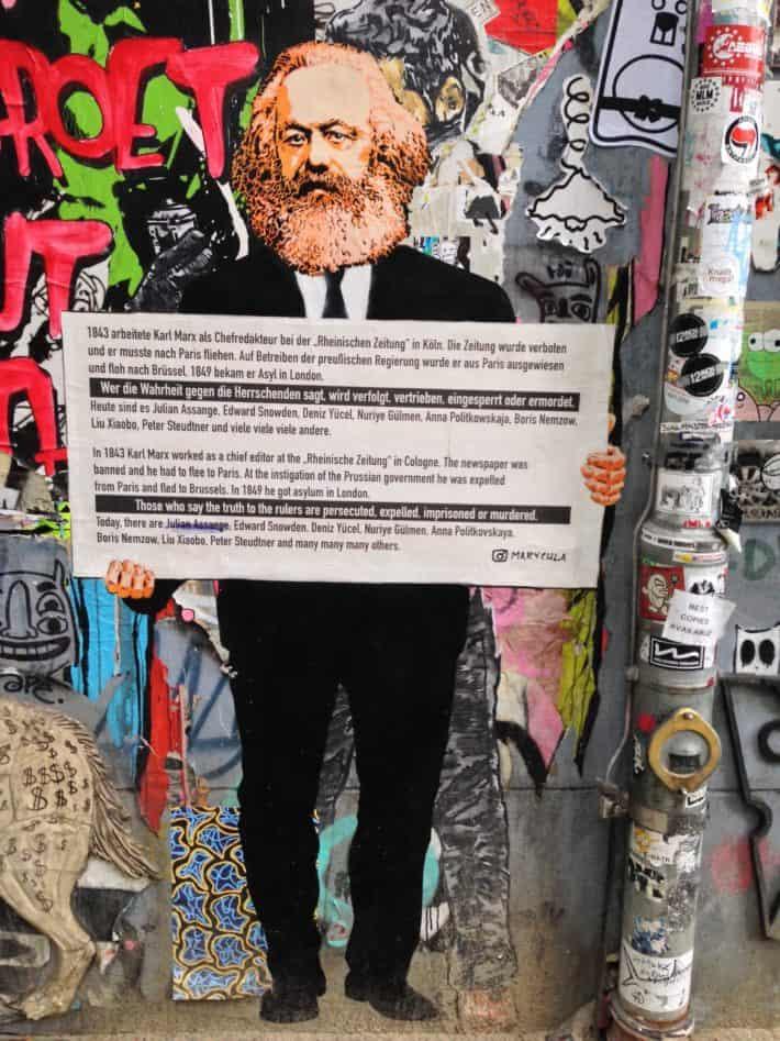 Streetart, Berlin, Hauswand,Karl Marx, Bunt,