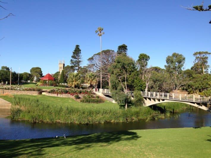 Park von Strythalbyn nach dem Princes Highway