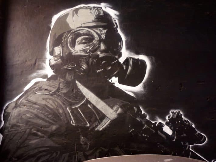 Streetart, Perth, schwarz, weiß, Soldat, Gasmaske