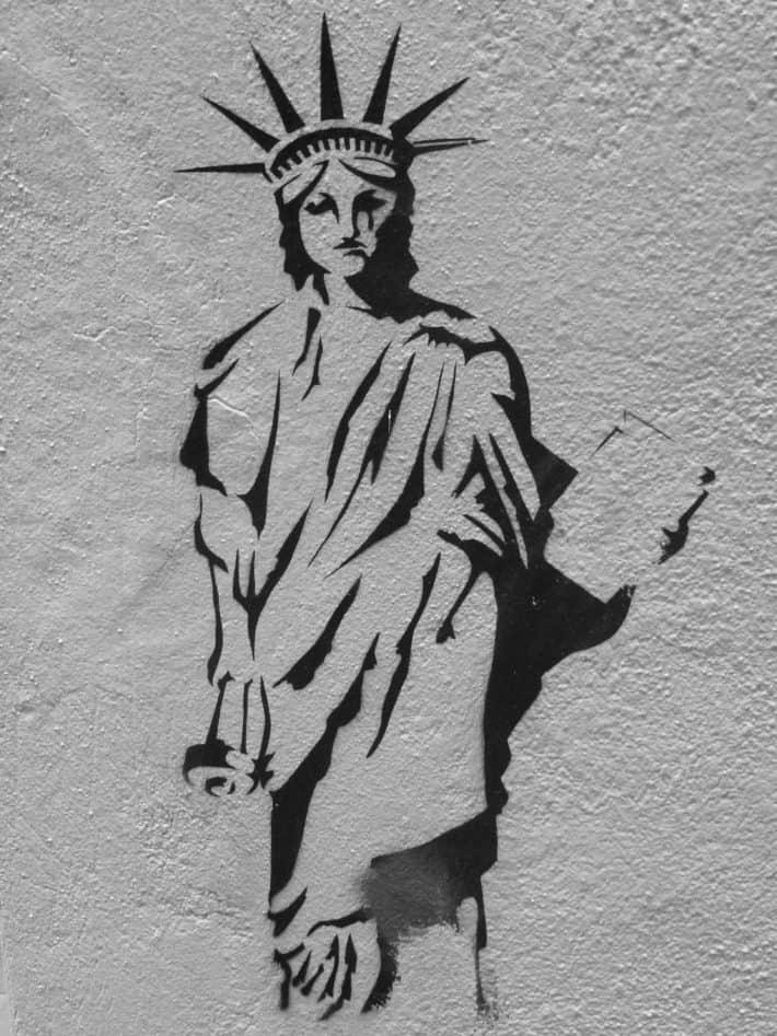 Streetart Melbourne, Lady Liberty weint