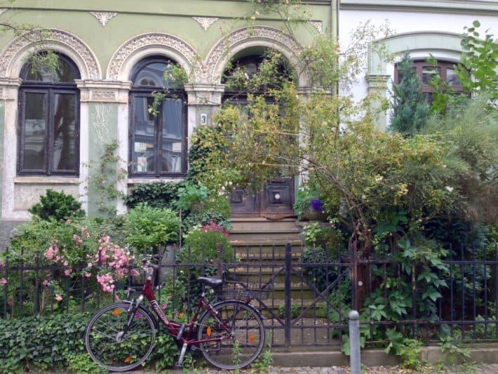 Das Viertel, schöner Vorgarten