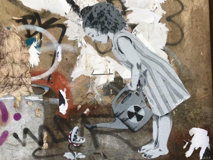 Streetart, berlin, Mitte, Mädchen mit Gießkanne, Dircksenstraße