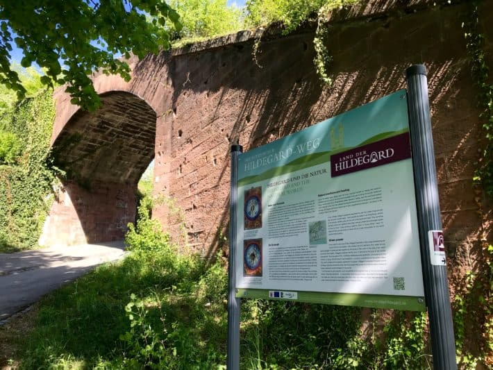 Rüdesheimer Hildegardweg, Viadukt, Zahnradbahn
