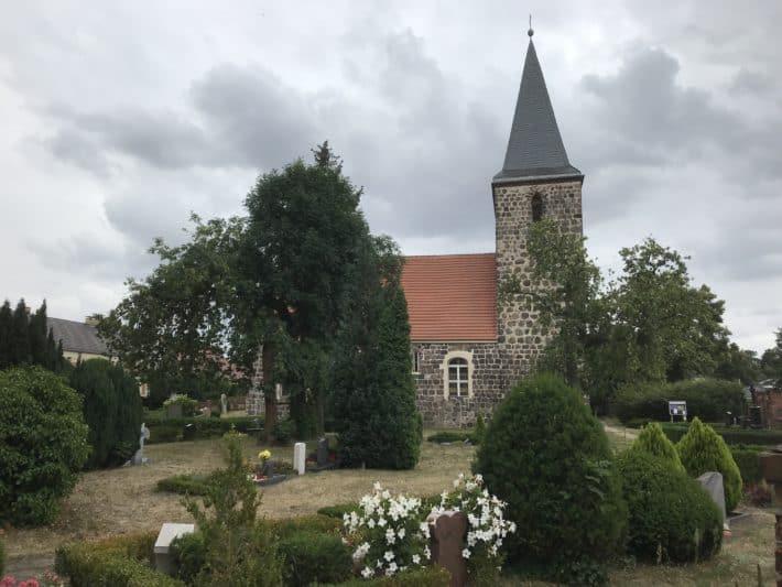Dorfkirche auf der 2. Etappe der Via Imperii
