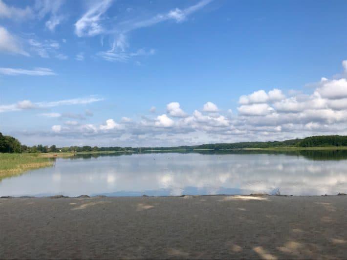 Badestelle, Badesee, Großer Seddiner See, blauer Himmel, 3. Etappe Via Imperii