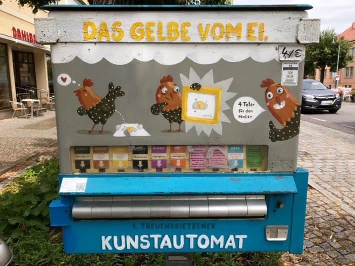 Kunstautomat, Treuenbrietzen, Hühnerhof, 4. Etappe der Via Imperii