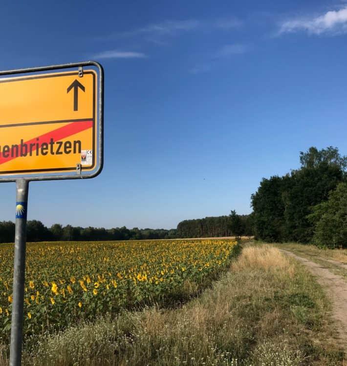 Ortsausgangsschild Treuenbrietzen, 5. Etappe der Via Imperii Treuenbrietzen - Marzahna