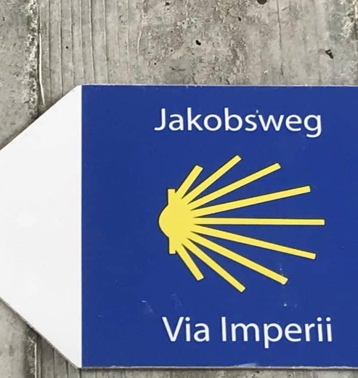 Via Imperii, Jakobsmuschel, Wegweiser, Pilgerzeichen