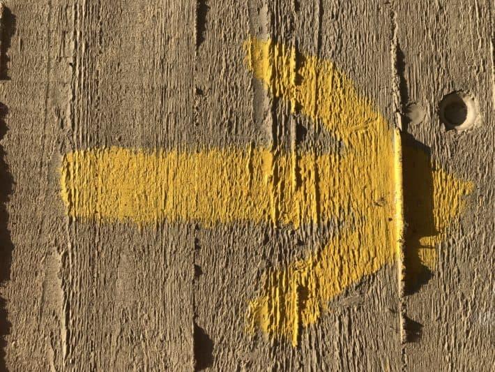 Gelber Pfeil, Yellow Arrow, auf der Via Imperii