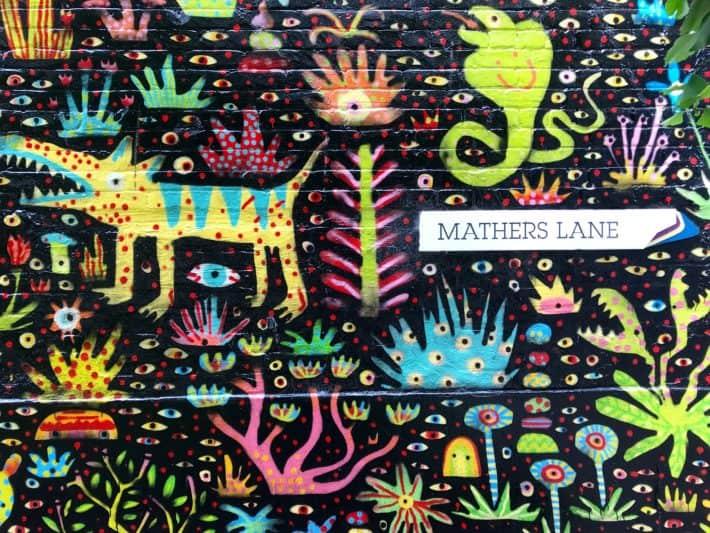 Streetart in Hobart, Art Walls, Vibrance Festival, Mathers Lane, colourful wall, bunte Wand, Figuren, Pflanzen