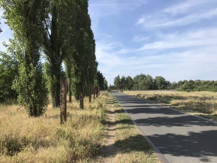 Fahrradweg, Parkanlage, Berlin,1. Etappe Via Imperii